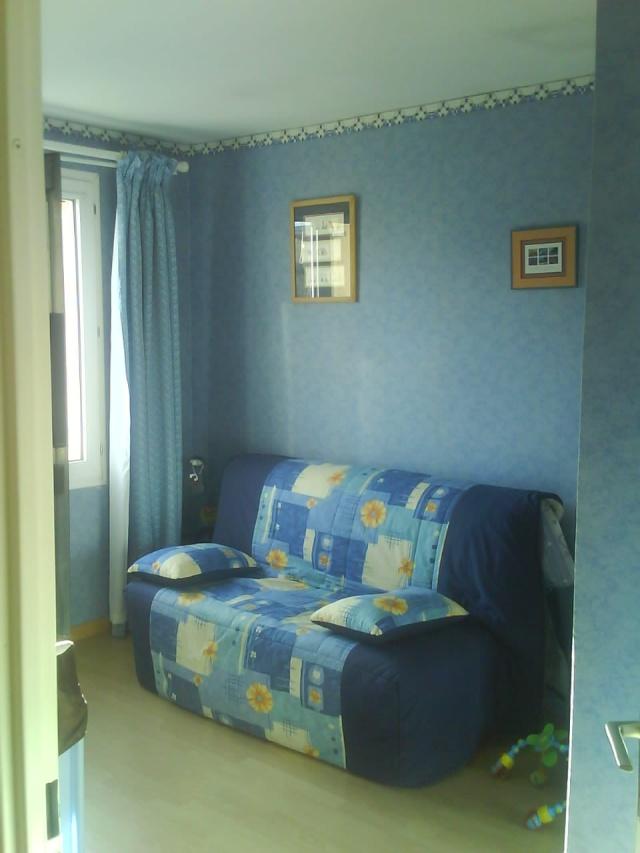une chambre refaire news p 8 page 1. Black Bedroom Furniture Sets. Home Design Ideas