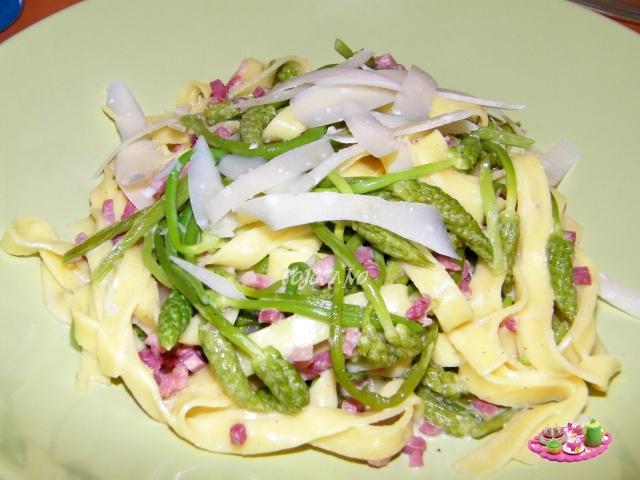 Quelques recettes a base d 39 asperges les petits plats - Cuisiner les asperges vertes ...