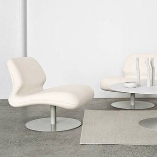 Fauteuil attitude by morten voss for Forum deco moderne