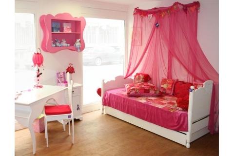 Chambres d 39 enfants page 2 for Chambre petite fille 2 ans