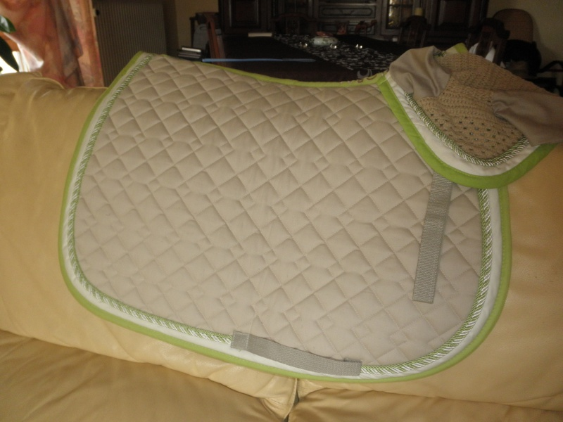 A Vendre Ensemble Tapis De Selle Bonnet