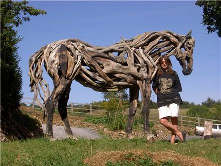 heather jansch sculptures chevaux en bois flott. Black Bedroom Furniture Sets. Home Design Ideas