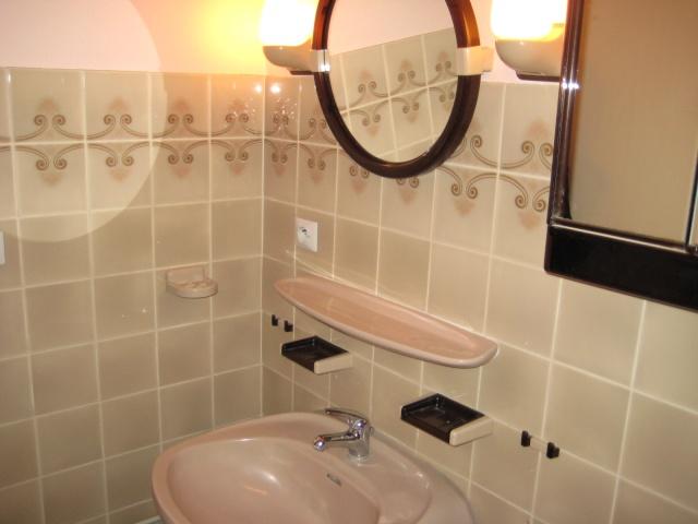 Id e d co salle de bain gwenscrap for Salle de bain carrelee jusqu au plafond
