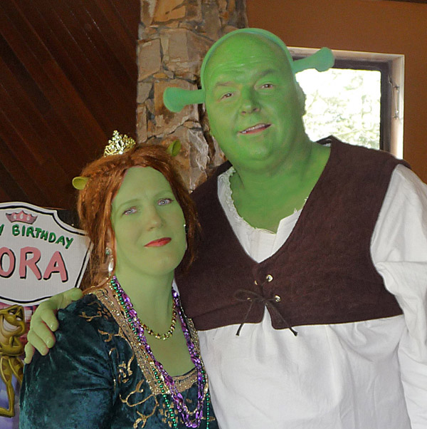 Shrek Face Painting http://www.facepaintforum.com/t2112-how-much-for-shrek-fiona