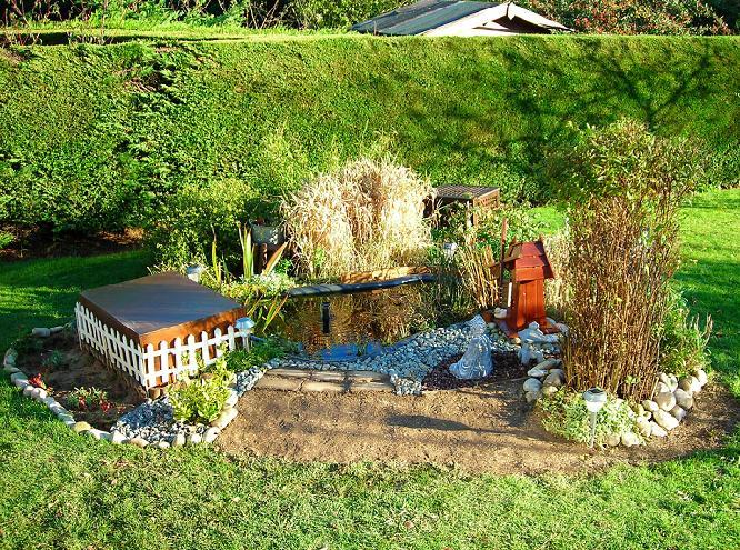 nature bassin la mare et le bassin de jardin naturel afficher le sujet mon petit bassin de. Black Bedroom Furniture Sets. Home Design Ideas