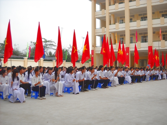 Nguyen Viet Hong Highschool's Forum