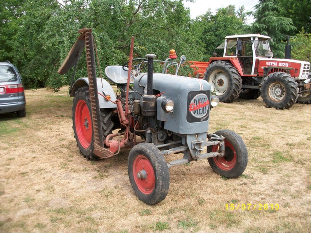 Vente aux encheres tracteur ancien
